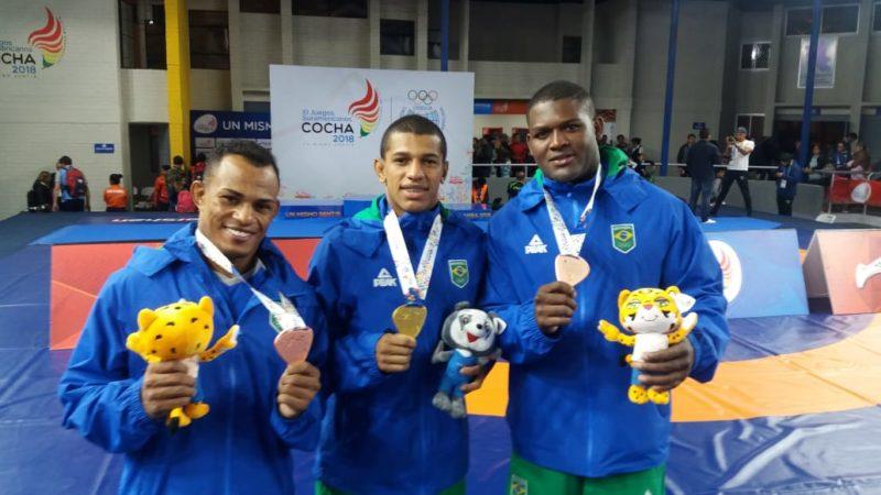 Angelo Moreira, Joílson Júnior e Davi Albino celebram os triunfos no primeiro dia dos Jogos Sul-americanos 2018