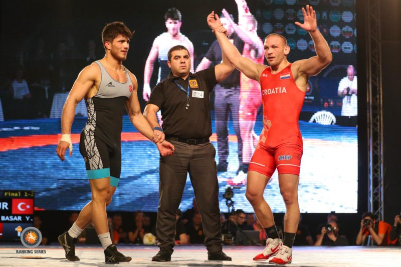 GR 77kg Gold Medal Match - Bozo STARCEVIC (CRO) df. Yunus Emre BASAR (TUR) by VPO1, 2 - 1 (1)_0