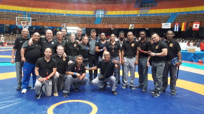 Eduardo Paz Gonçalves (centro) foi delegado técnico no Torneio Internacional Cerro Pelado 2019