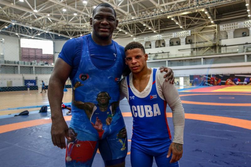 Os atletas cubanos Mijaín López e Ismael Borrero. Treinamento das seleções brasileira e cubana de wrestling na Arena Carioca 2, no Parque Olímpico da Foto/ Abelardo Mendes Jr/
