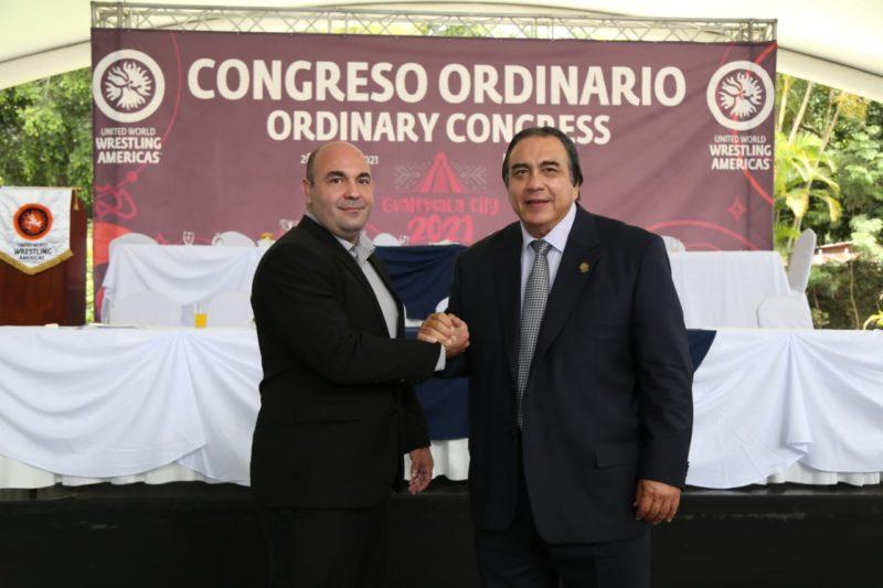 O presidente da CBW Flavio Cabral Neves e o presidente da UWW Américas, Francisco Lee.