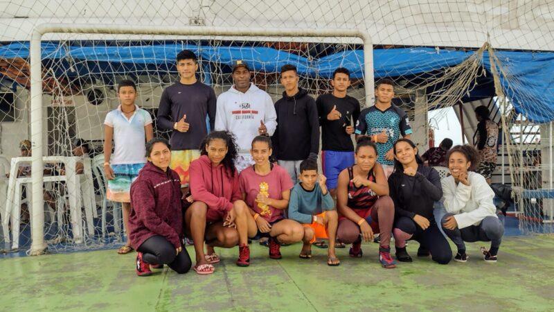 Equipe de Atalaia viajou 4 dias de barco para disputar Regional